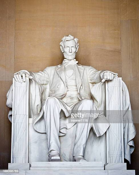 the lincoln memorial in washington dc - lincoln memorial stock pictures, royalty-free photos & images