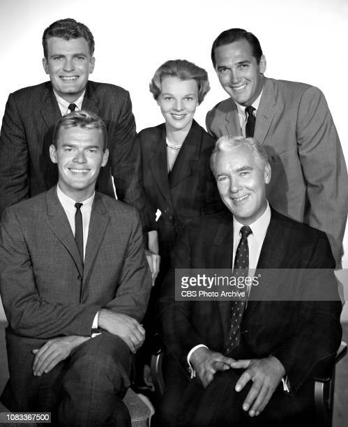 The Lineup a CBS television police drama based on actual crimes in San Francisco CA Pictured is William Leslie Rachel Ames Floyd Simmons seated from...