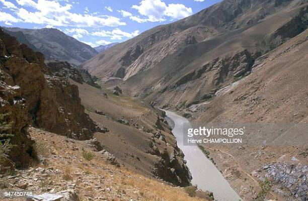 The Lingti River between Reru and Ichar The Lingti one of the two affluents of the Zanskar River runs from Pune's surroundings to its confluence with...