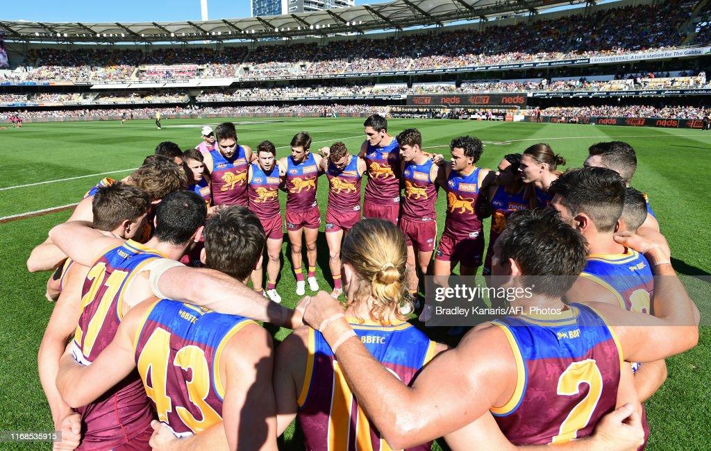 AFL Rd 22 - Brisbane v Geelong : News Photo