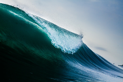 The Lip of a Caribbean Wave - gettyimageskorea