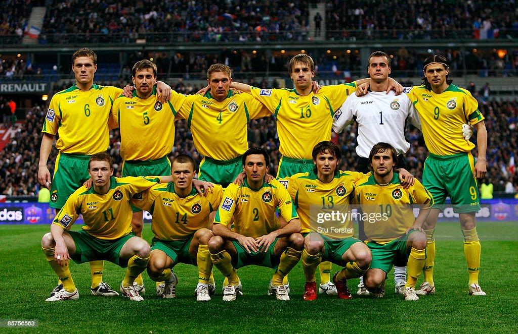 France v Lithuania - FIFA2010 World Cup Qualifier : ニュース写真