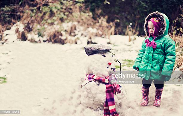 The little girl and the snowman