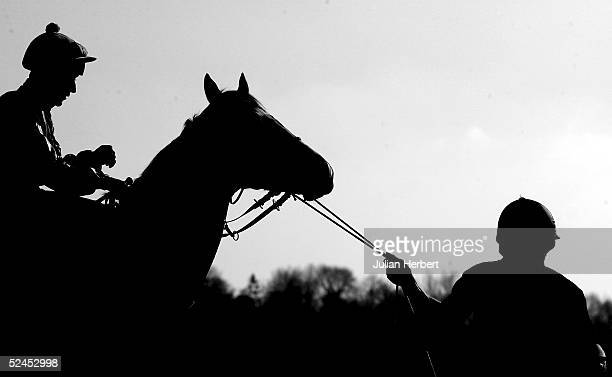 the littlewoods bet direct winter derby - horse racing stock pictures, royalty-free photos & images
