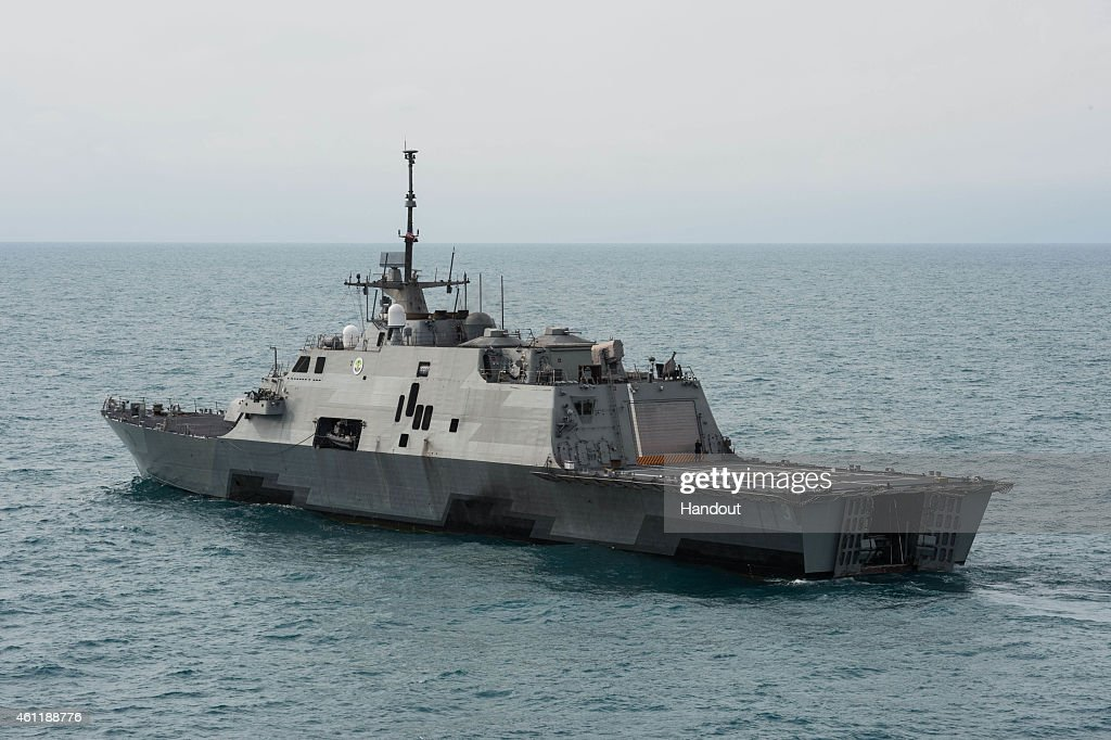 The littoral combat ship USS Fort Worth (LCS 3) operates on January 7, 2015 in the Java Sea. The U.S. Navy is supporting the Indonesian-led AirAsia flight QZ8501 search efforts. AirAsia announced that flight QZ8501 from Surabaya to Singapore, with 162 people on board, lost contact with air traffic control at 07:24 a.m. local time on December 28.