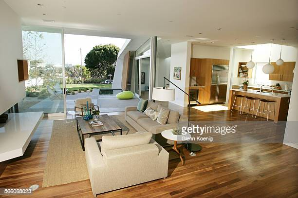 The living room and the kitchen of the King home in Santa Monica Architect John Friedman designed the King residence in Santa Monica Homeowner Erin...