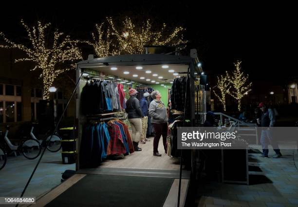 The LL Bean clothing company has a popup store just outside the entrance to Columbia Mall The popup trailer opened at 6 AM and closes at 10 PM...