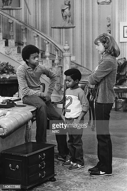 RENT STROKES The Loan Episode 11 Pictured Todd Bridges as Willis Jackson Gary Coleman as Arnold Jackson Dana Plato as Kimberly Drummond Photo by Gary...