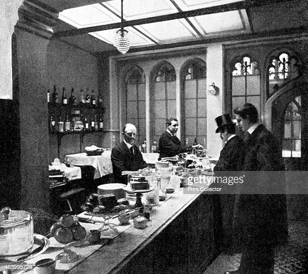 The Lobby Bar House of Commons Westminster London c1905 Members only bar in the House of Commons Photo published in Parliament Past and Present by...