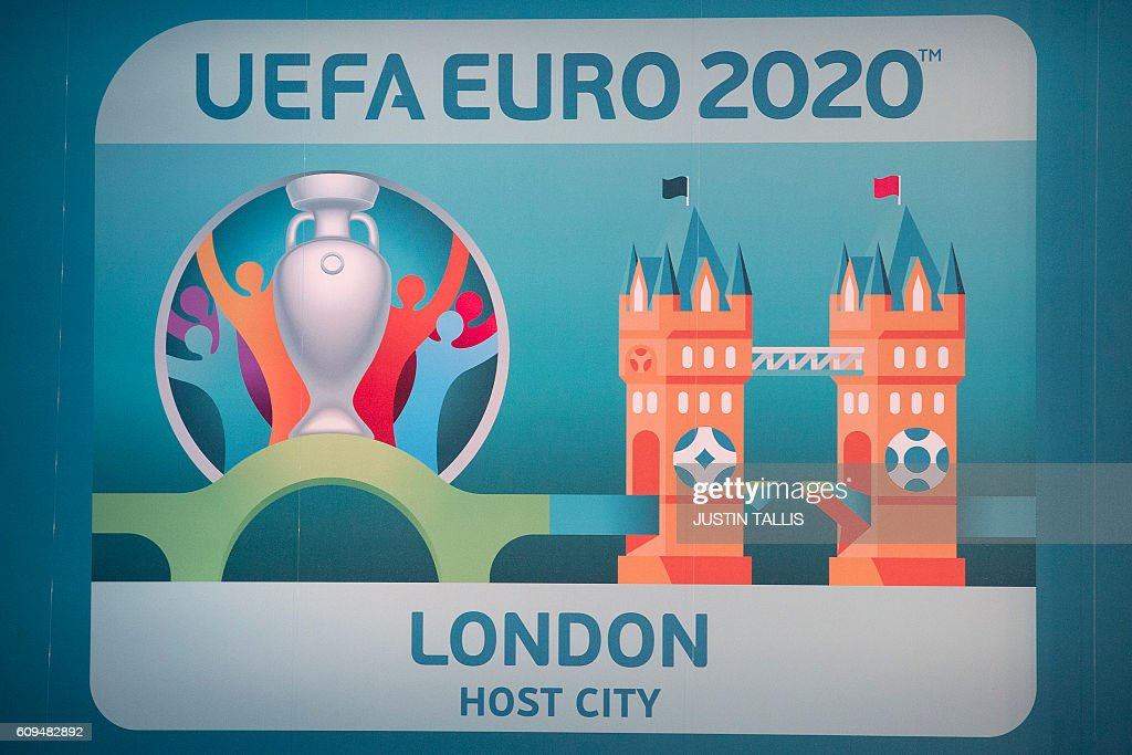 The logo for the host city of London is seen during an event to launch the logo for the UEFA European Championship football competition in London on September 21, 2016. The 2020 UEFA European Championship will see matches hosted in 13 cities across Europe, with the semi-finals and final staged at Wembley Stadium in London in July 2020. / AFP / JUSTIN