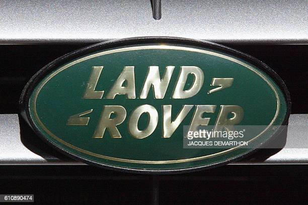 The logo of IBritish car maker Land Rover is pictured 27 September 2002 at the Paris Auto Show The exhibition will open officially 28 September and...