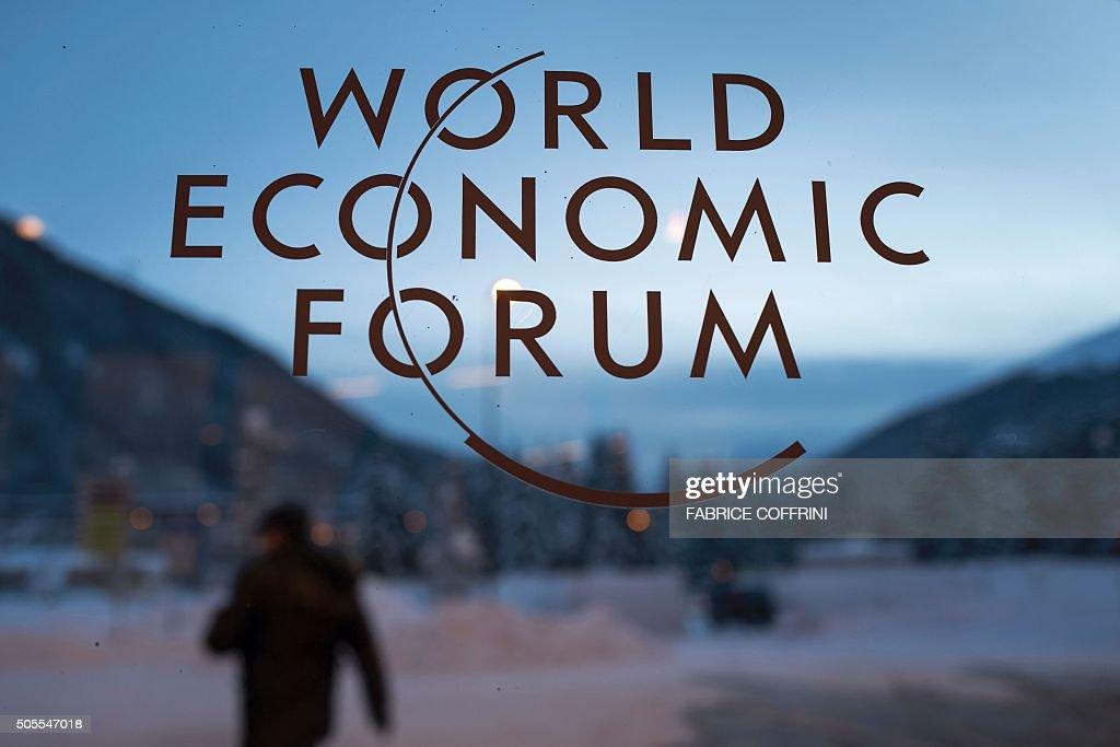 SWITZERLAND-DAVOS-ECONOMY-POLITICS-WEF : News Photo