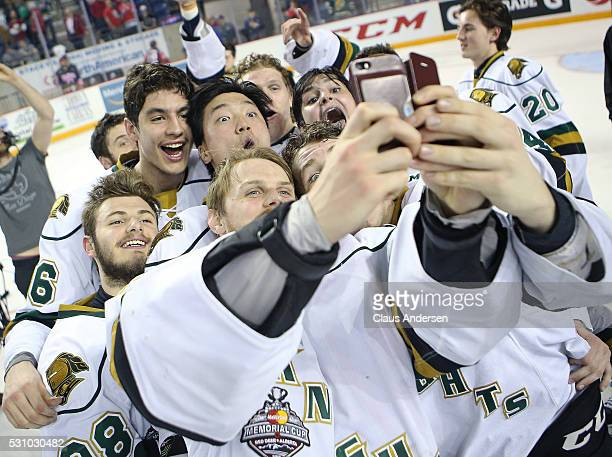 The London Knights take a 'selfie' after defeating the Niagara IceDogs in Game Four of the OHL Championship final for the JRoss Robertson Cup on May...