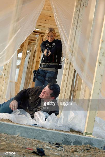 CHASE The Longest Night Episode 109 Pictured Kelli Giddish as Annie Frost Jim TrueFrost as Curt Seaver Photo by Vivian Zink/NBC/NBCU Photo Bank