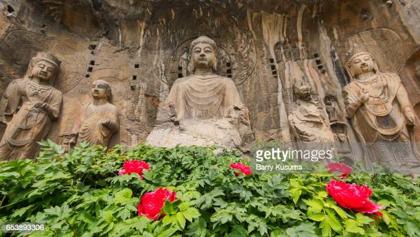 the longmen grottoes. - zhengzhou stock pictures, royalty-free photos & images