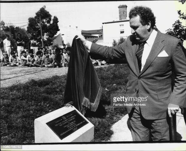 The Lord Mayor Alderman Douglas Sutherland officially opens Wimbo Park in Bourke St Surry HillsThe Mayor Unveils the plaque April 14 1982