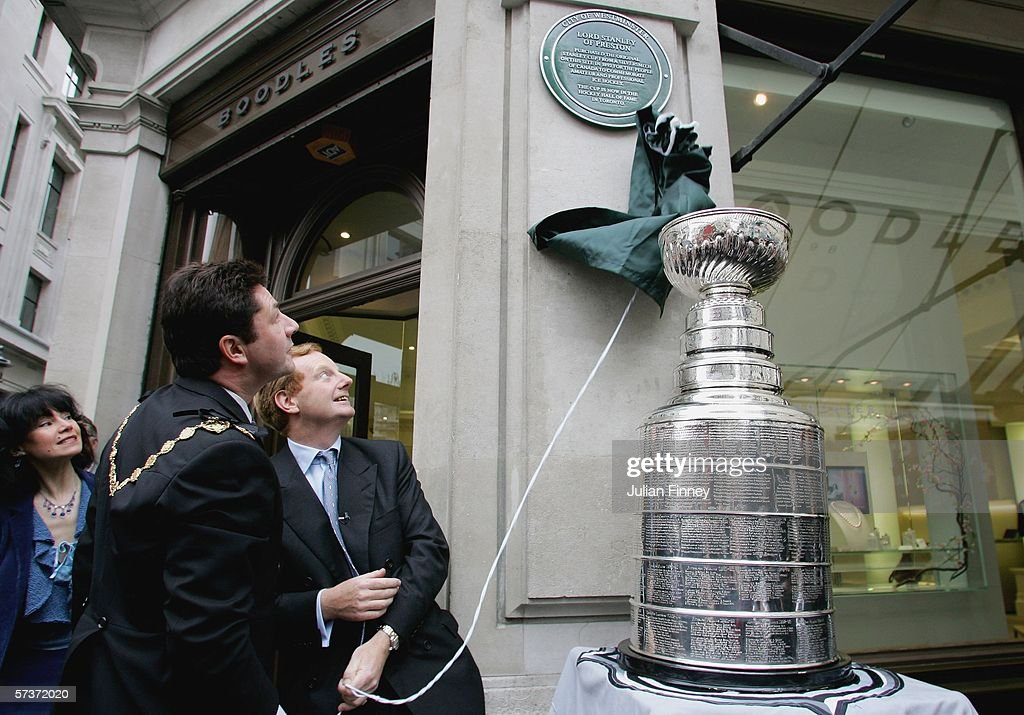 Stanley Cup Tour of London : News Photo