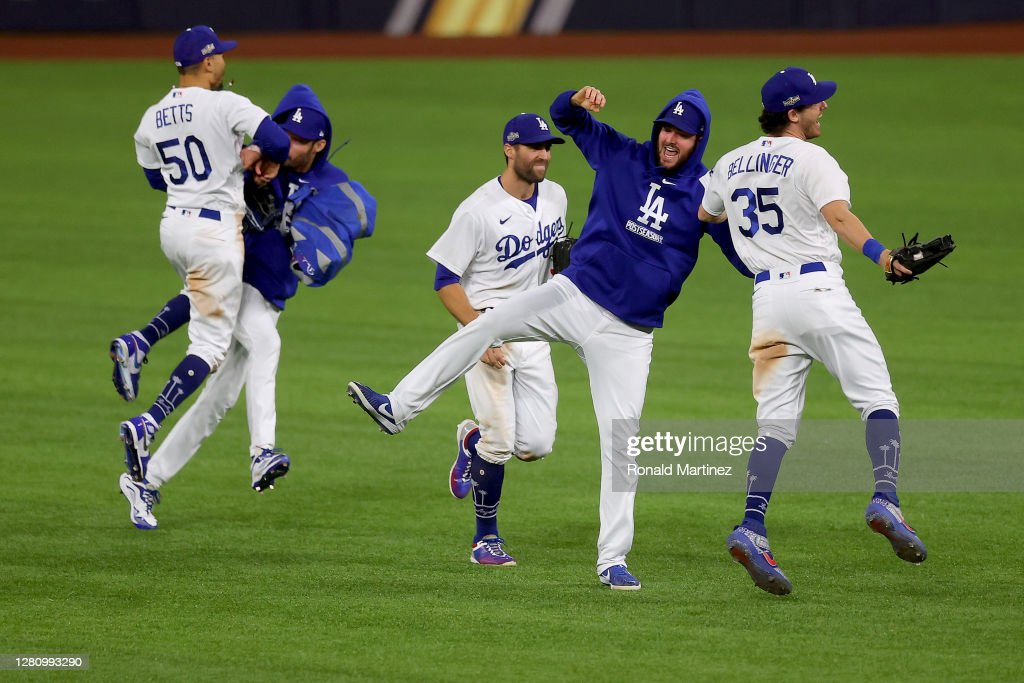 League Championship - Atlanta Braves v Los Angeles Dodgers - Game Seven : News Photo
