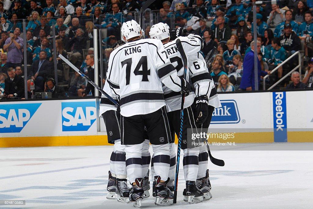Los Angeles Kings v San Jose Sharks - Game Four : News Photo