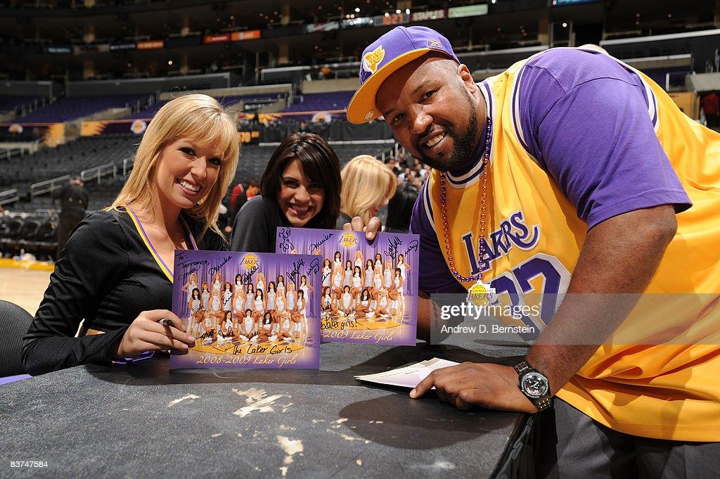 Chicago Bulls v Los Angeles Lakers : News Photo