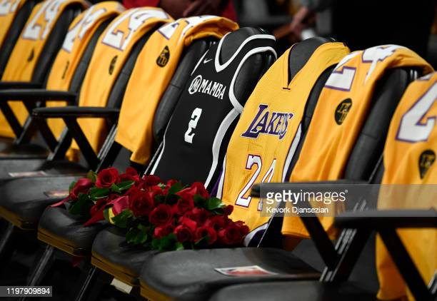 The Los Angeles Lakers honor Kobe Bryant and daughter Gigi by covering the courtside seats they occupied last time they attended a Lakers game on...