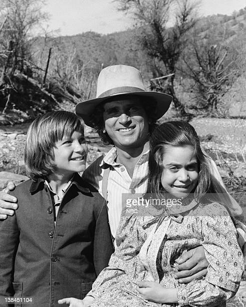 PRAIRIE The Lost Ones Part 1 Episode 21 Aired 5/4/81 Pictured Jason Bateman as James Cooper Ingalls Michael Landon as Charles Philip Ingalls Missy...