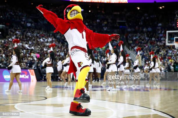 The Louisville mascot Cardinal Bird performs during the first half in the semifinals of the 2018 NCAA Women's Final Four between the Mississippi...