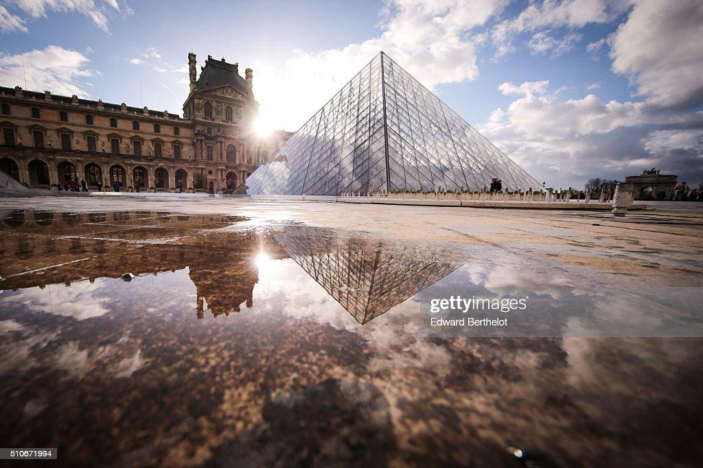 Paris Buildings Reflect Into Puddles : News Photo