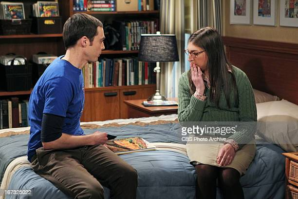 'The Love Spell Potential' When the girls'™ trip to Vegas falls through the guys invite them to play Dungeons Dragons causing Sheldon and Amy'™s...