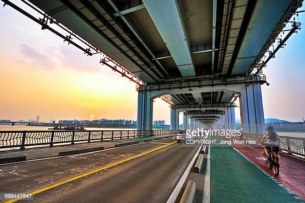 The lower bridge of Banpo bridge