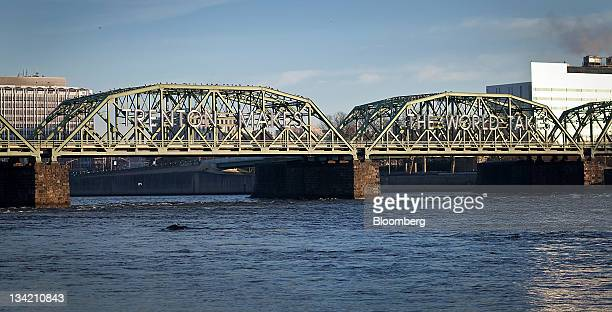 The Lower Trenton Bridge stands in Trenton New Jersey US on Sunday Nov 27 2011 Trenton the New Jersey capital and onetime factory hub where 23...