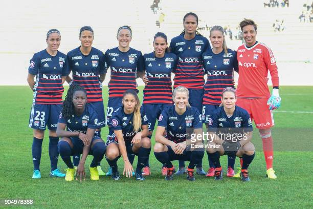 The Lyon team line up before the Division 1 match between Paris FC and Lyon on January 14 2018 in Evry Bondoufle France