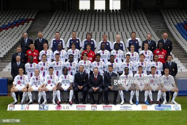 The Lyon's L1 soccer team poses 23 July 2004 in Lyon during the presentation of the team to the press First row from left to right Yohan Gomez...