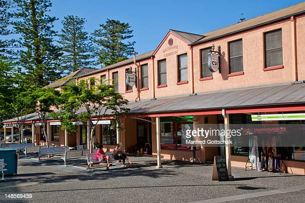 The Macquarie Garrison from penal colony times houses today shops and restaurants.