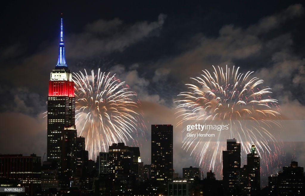 Macy's Fourth of July Fireworks in New York City : News Photo