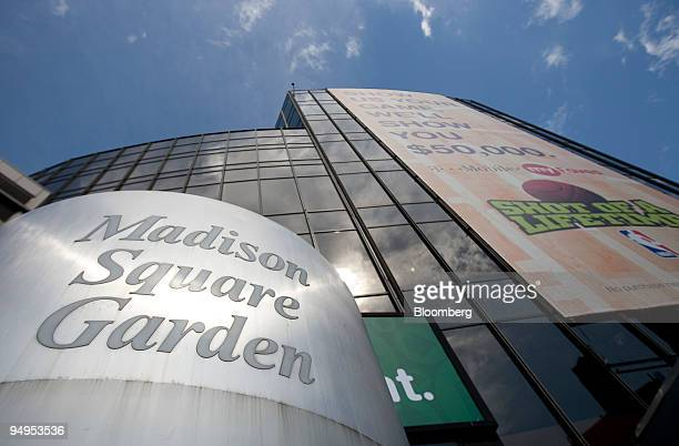 The Madison Square Garden arena sits in New York, U.S., on Friday, May 8, 2009 Cablevision Systems Corp., the media company controlled by the Dolan...
