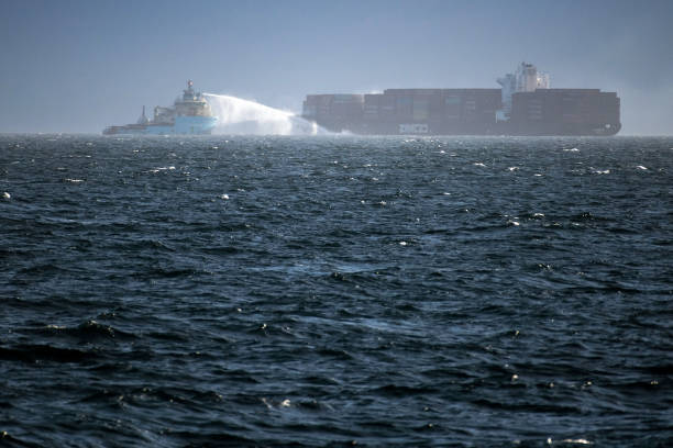 CAN: Fire On Evacuated Container Ship Extinguished