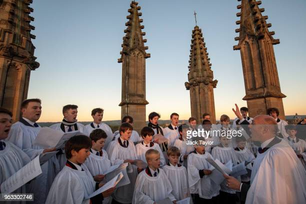 The Magdalen College Choir sing the Hymnus Eucharisticus from the top of the Great Tower Magdalen College at Oxford University as the sun rises on...