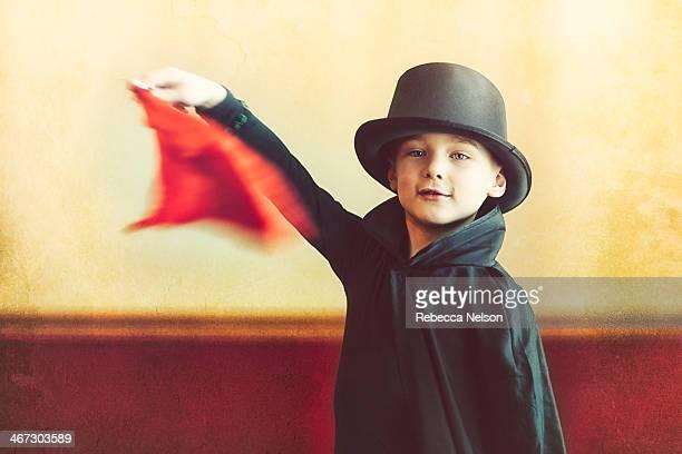 the magician - magician photos et images de collection