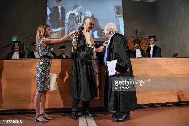 The magnificent rector Fabrizio Micari of the University of Palermo has conferred the honorary degree in philosophical and historical sciences at the...