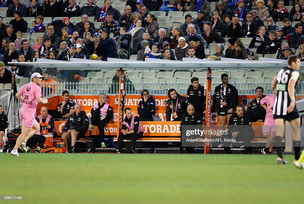 AFL Rd 10 - Collingwood v Western Bulldogs : News Photo