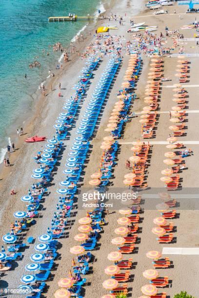 the main beach of positano - positano fotografías e imágenes de stock