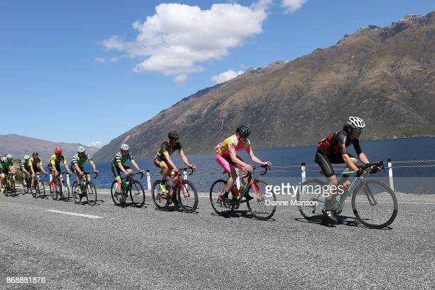 The main peloton makes their way around the Devils Staircase towards Frankton during stage 3 from Mossburn to Coronet Peak during the 2017 Tour of...