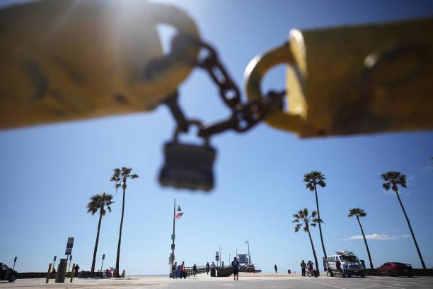 CA: Los Angeles County Closes Beaches