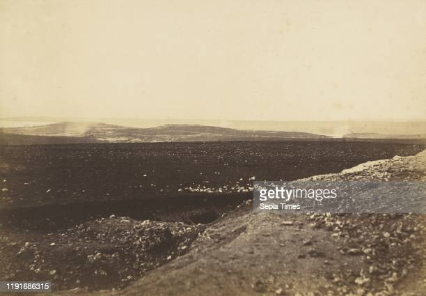 The Mamelon and Malakoff from the Mortar Battery, Roger Fenton Salted paper print, 23.5 x 34 cm