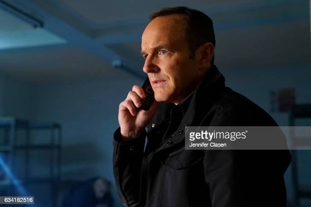 S AGENTS OF SHIELD The Man Behind the Shield Mace fights for his life while Coulson and team find themselves in a deadly catandmouse game as they...