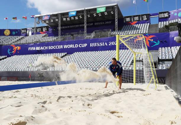 RUS: Uruguay v Oman - FIFA Beach Soccer World Cup 2021