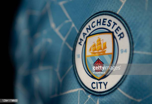 7 906 Manchester City F C Logo Photos And Premium High Res Pictures Getty Images
