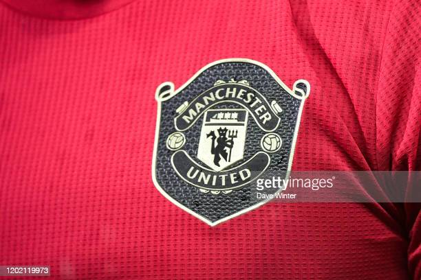 7 403 Manchester United Logo Photos And Premium High Res Pictures Getty Images