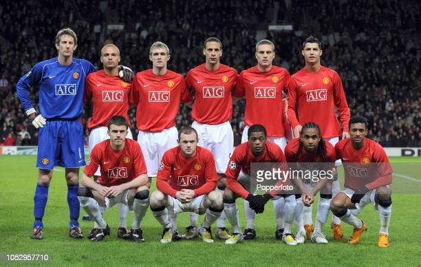 The Manchester United team Edwin van der Sar Wes Brown Darren Fletcher Rio Ferdinand Nemanja Vidic Cristiano Ronaldo Michael Carrick Wayne Rooney...